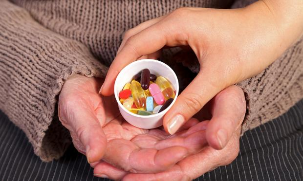 Psychotropic drug prescribing in residential aged care homes