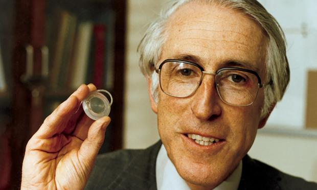 "Forty years of ""Waltzing Matilda"": the history of the multichannel cochlear implant"